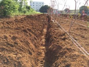 柵板設置工事掘削状況_5948